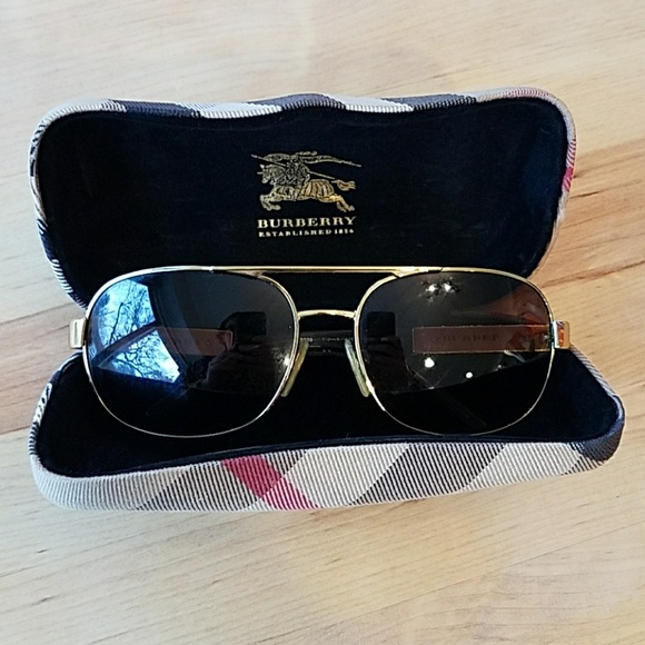 8b7d4becac46 Burberry Other - Men s Burberry sunglasses + case!